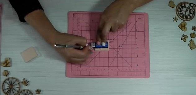 Protectores-de-USB-Libros-goma-eva-cortar