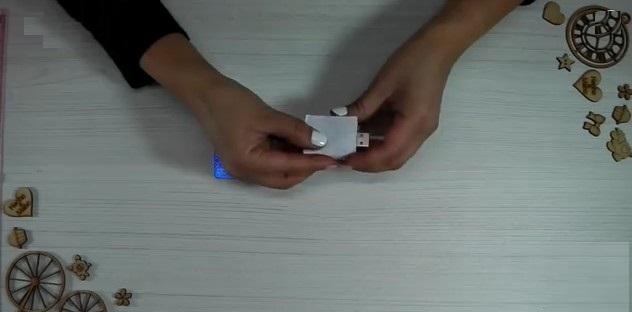 Protectores-de-USB-Libros-goma-eva-hoja