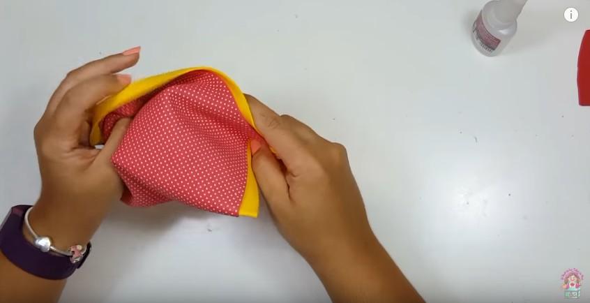 Cartuchera de Pikachu en goma eva 4
