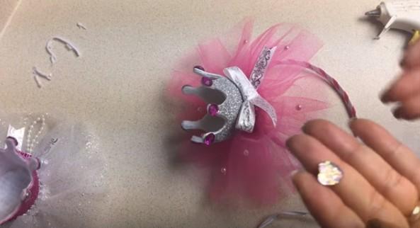 Diademas con corona de goma eva para niñas 15