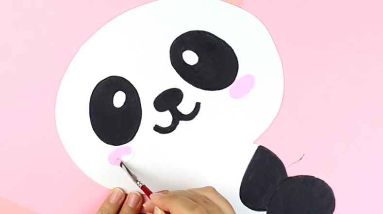 Portalapices con diseño de oso panda con goma eva 6