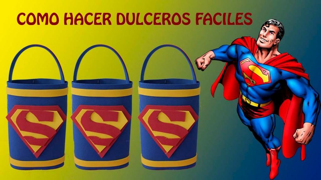 dulceros-de-superman-con-goma-eva