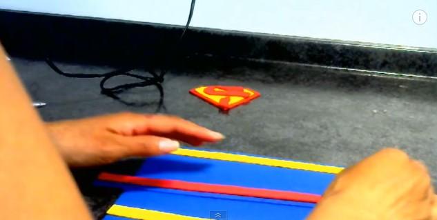 dulceros-de-superman-con-goma-eva-8