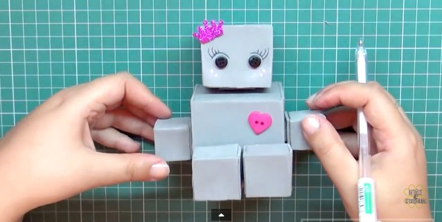 robot-de-goma-eva-12