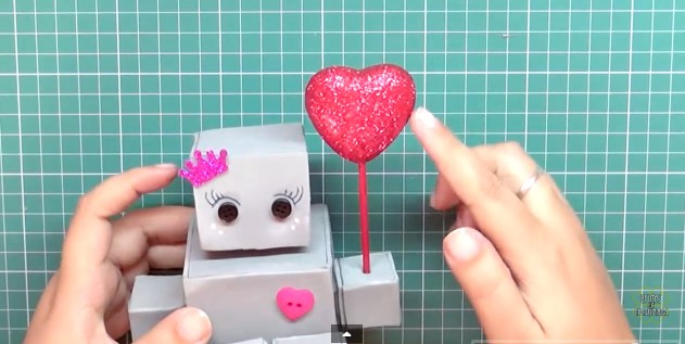 robot-de-goma-eva-13