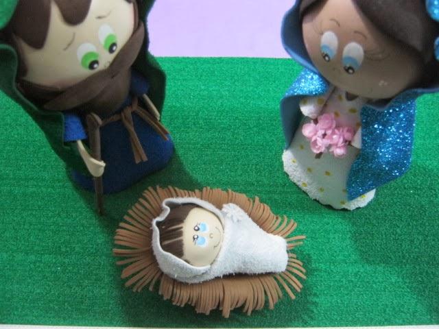 Niño Jesús y cuna para pesebre o nacimiento en foamy o gomaeva