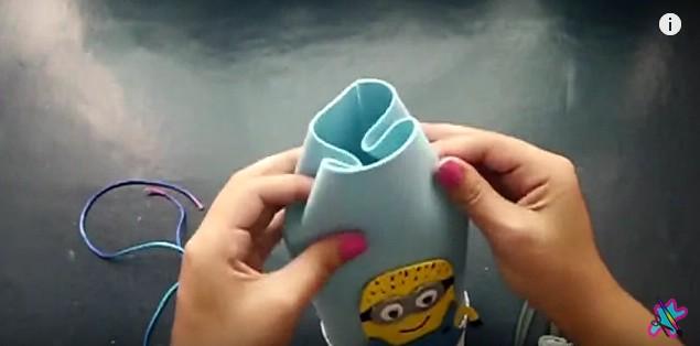 mochila-dulcero-de-los-minions-en-goma-eva-17