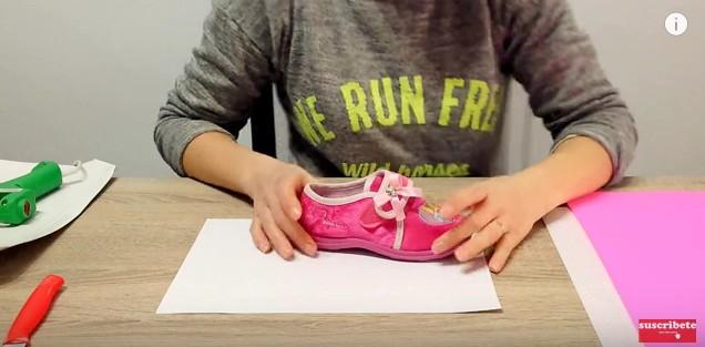 Zapatos de goma eva para niñas 1