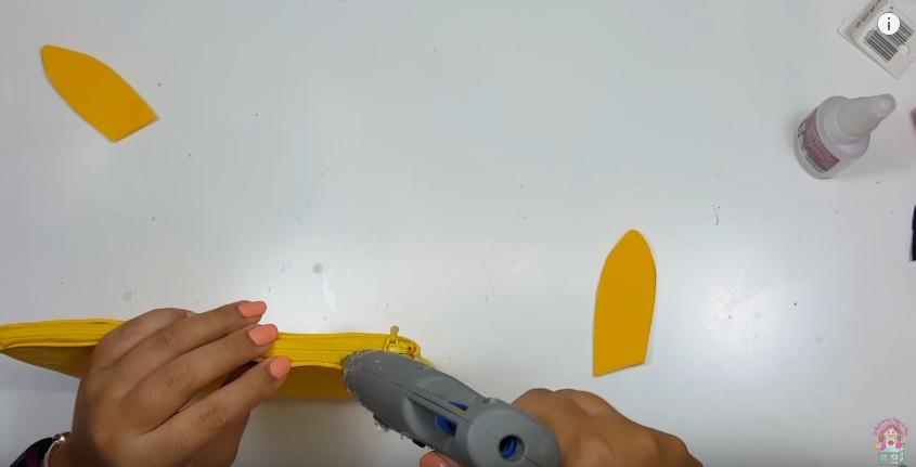 Cartuchera de Pikachu en goma eva 11