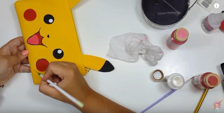Cartuchera de Pikachu en goma eva 14