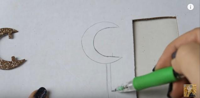 Colgante de Soy Luna en goma eva 6