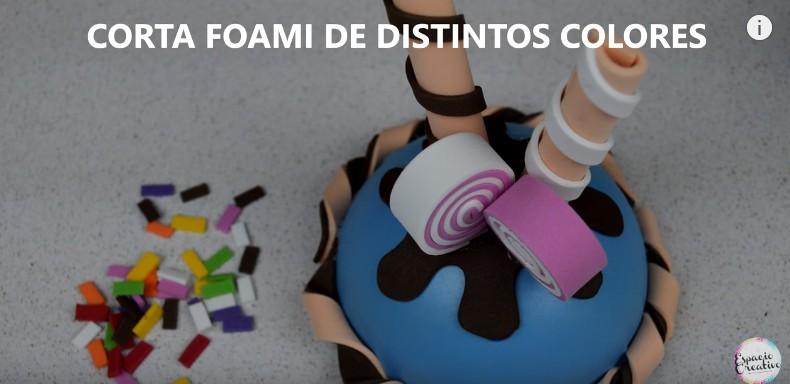 Caja con forma de cupcakes en goma eva 12