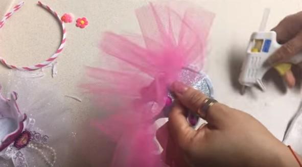 Diademas con corona de goma eva para niñas 10